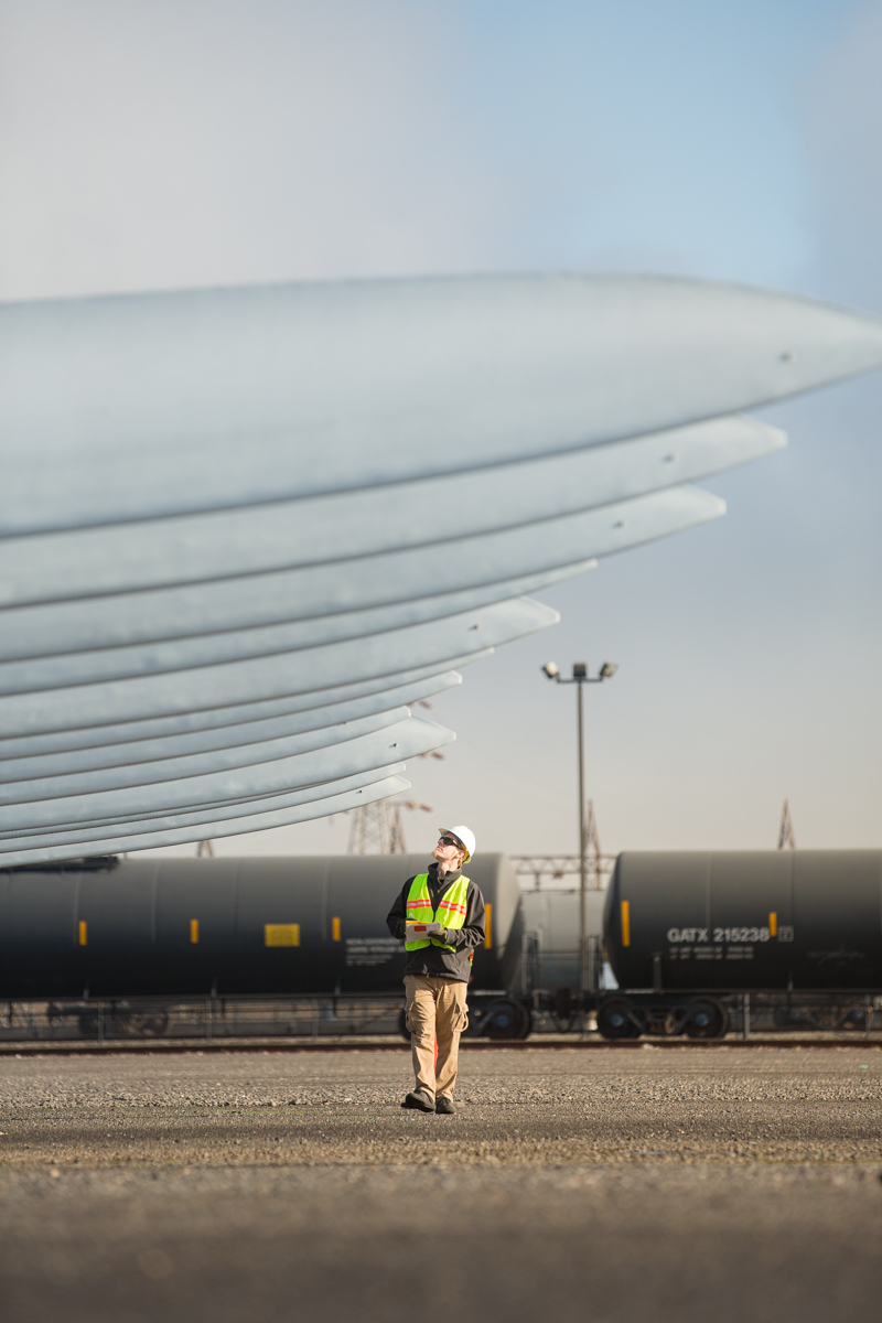 wind turbine blade inspection at port